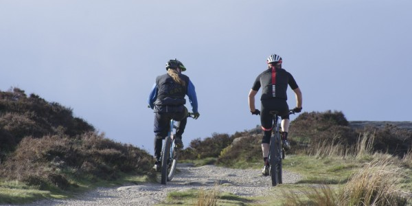 Mountainbiking on Curbar Edge